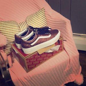 VANS platform red glitter sneakers-BRAND NEW